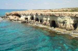 Police defend diving off Cape Greco (VIDEO)