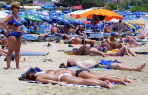 Tourist arrivals up 15% in September, a new record
