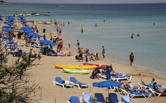 Our View: Booming tourism industry needs to avoid rip-off mentality of the past