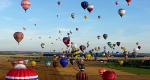 'Most relaxed' hot air balloons lay back over Italy's wine valley