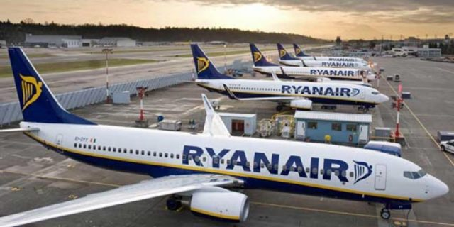 Ryanair announces big change to baggage policy