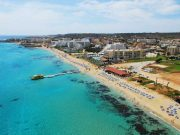 Famagusta-area hoteliers call for measures to stem drop in Russian arrivals