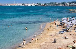 Woman dies at a beach in Kato Paphos
