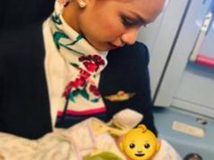 Flight attendant breastfeeds passenger's baby (photo)
