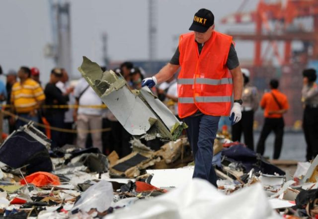 Doomed Indonesian jet faced problems in previous flight