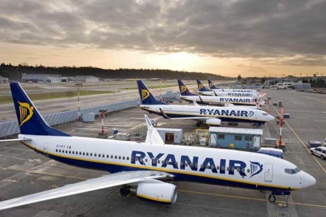 Pilot deal gives Ryanair clear skies for Christmas in Germany