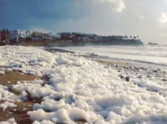 Amazing Cappuccino coast phenomenon spotted on Paphos beach (VIDEO)