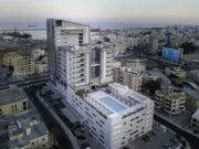 Radisson Blue Larnaca: rooms, bar and hotel with a view