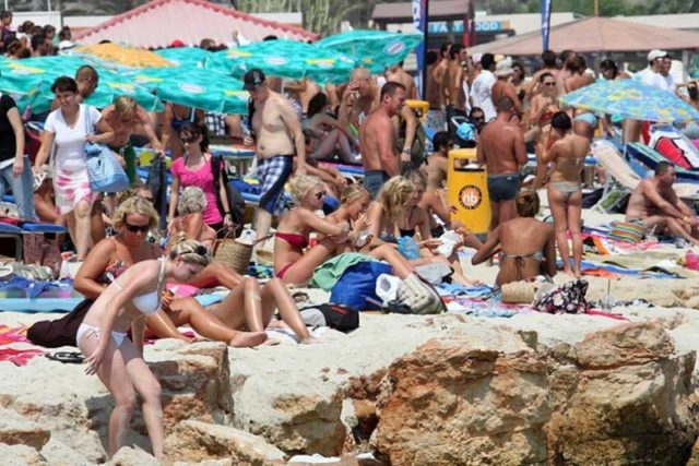 Deputy minister says tourism aim is to keep numbers steady