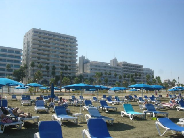 Britons opt for non-EU holidays in face of Brexit impasse – Thomas Cook