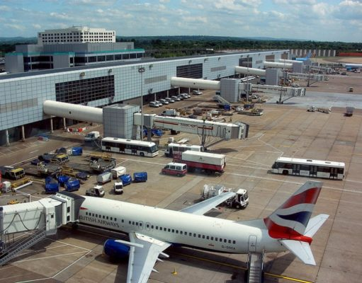 Gatwick Airport flights resume after air traffic control issue causes suspension