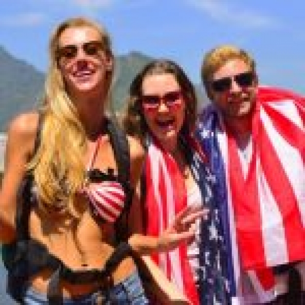 Substantial rise in American tourist arrivals in Greece, ETC report says