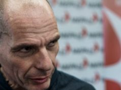 Watch Varoufakis tell off French police officer at airport (video)