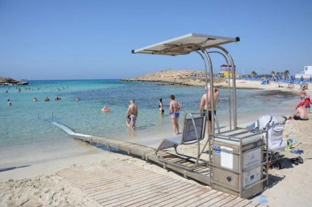Tourism ministry announces improvements to beach access for the disabled