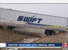 U.S. winter storms cause 10 deaths, flight cancellations, power outages