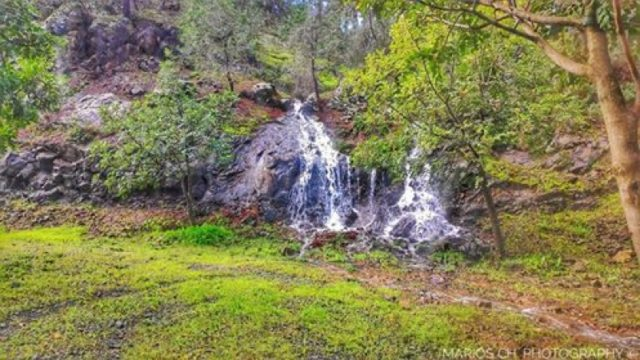 Beautiful shots of 'Xyliatos dam' picnic site waterfall (video)