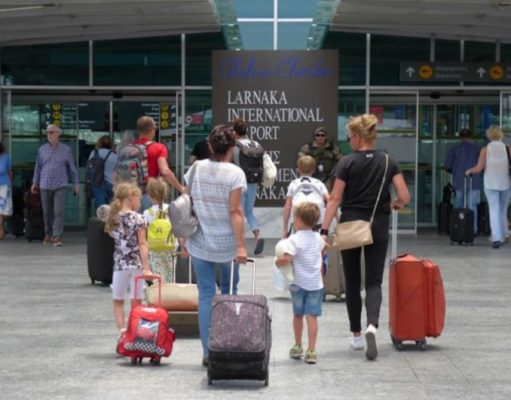 Revenue from tourism up in January 2020