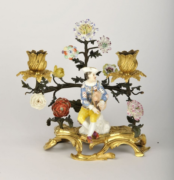 Porcelain figures by A. G. Leventis Gallery