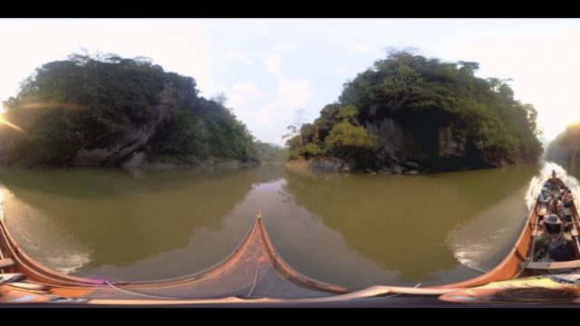 Virtual travel to Amazon, the kingdom of forests
