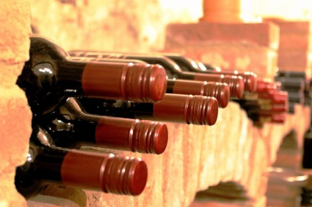 Wineries count cost of low tourist arrivals, competition from imports