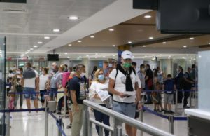 Coronavirus: British tourists to be offered free rapid testing in Cyprus on arrival – sources