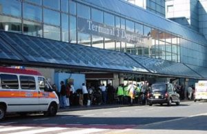 Covid-19: First UK airport coronavirus testing begins