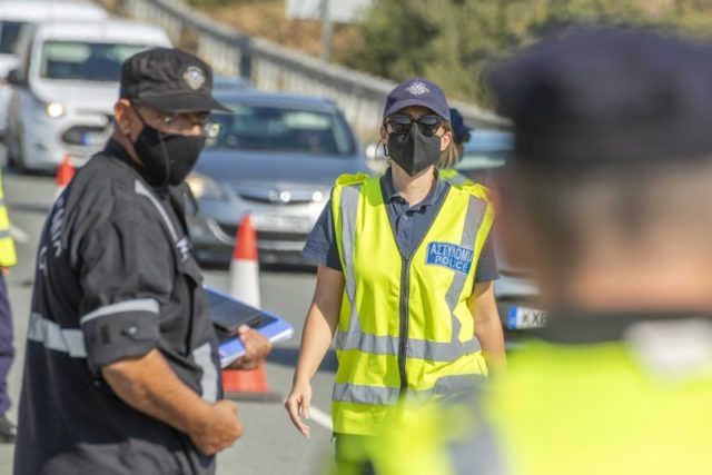 Coronavirus: Paphos residents object to early curfew and travel ban