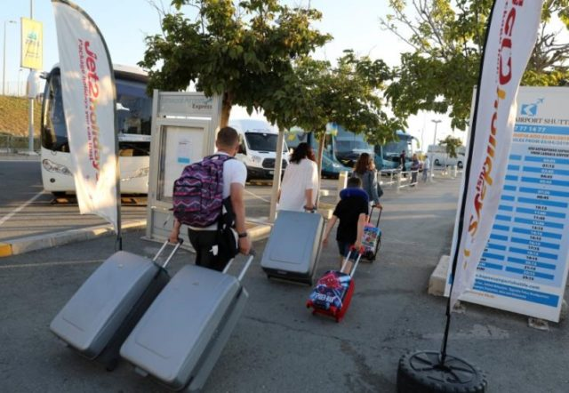 Travels of Cyprus' residents down 86.2% in October