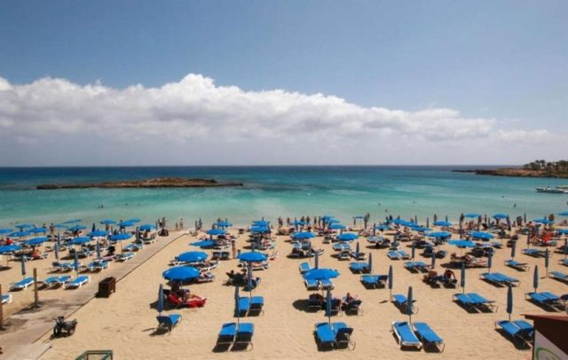 Hoteliers welcome new action plan for resumption of flights at Cyprus airports