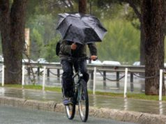 Weather 'seers' forecast a rainy winter